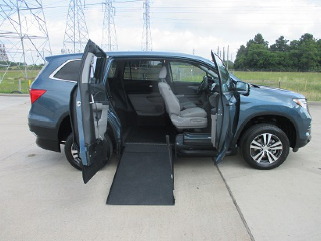 Toyota Dealers In Delaware >> Wheelchair Van Dealer in Houston, TX | Adaptive Driving Access