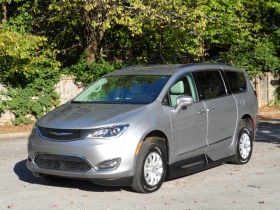 2017 Chrysler Pacifica L