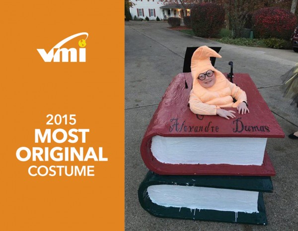 Halloween-Wheechair-Costume-VMI-Winner-Bookworm