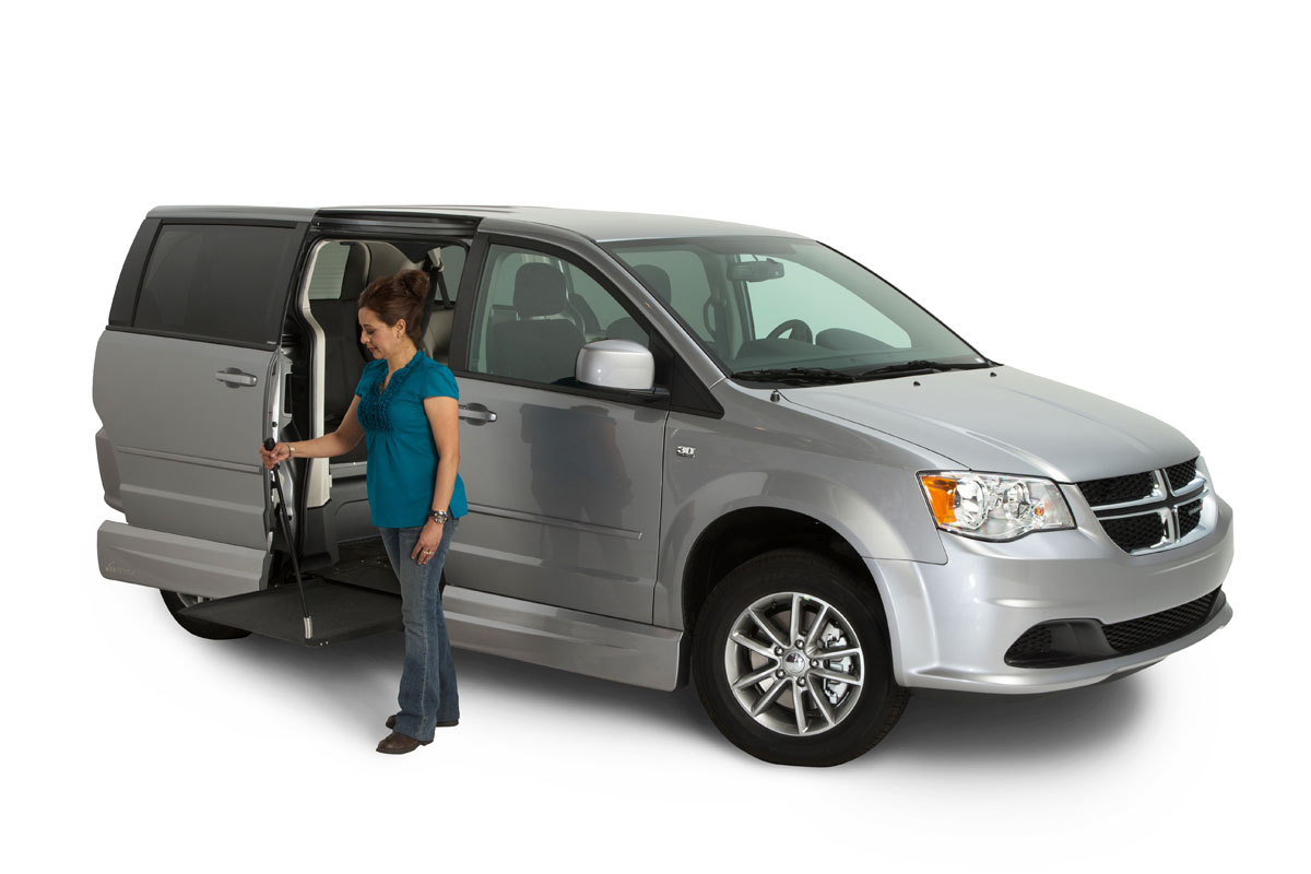 vmi dodge grand caravan northstar e wheelchair van vantage mobility. Black Bedroom Furniture Sets. Home Design Ideas