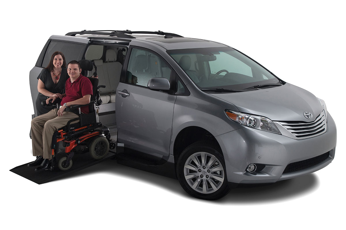 vmi toyota sienna northstar access360 handicap vans. Black Bedroom Furniture Sets. Home Design Ideas