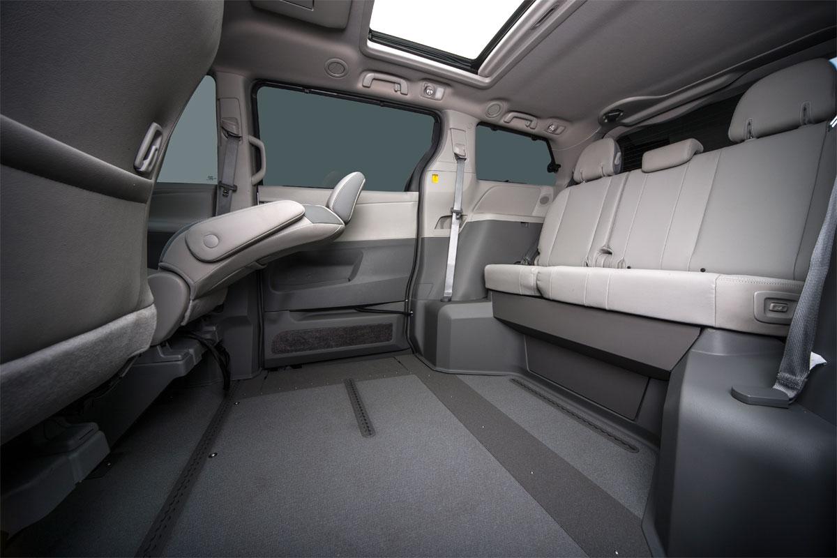 Toyota Sienna Northstar Access360