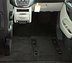 Dodge Grand Caravan Northstar E Obstacle Free Front Row