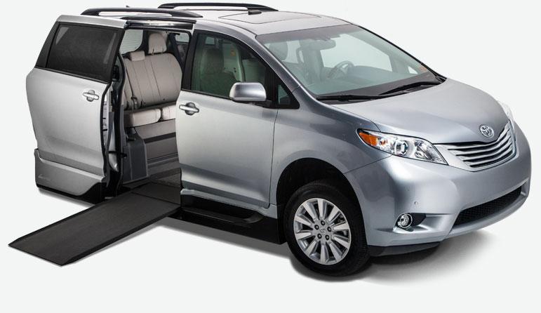 Toyota Sienna Northstar Access360™ Handicap Vans